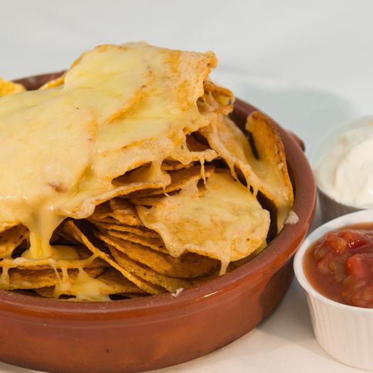Varme nachochips med ost